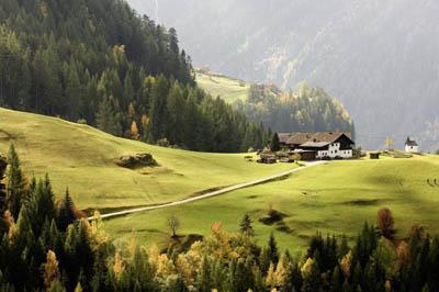 herbstlicher-brandhof-ewald-schmid.jpg